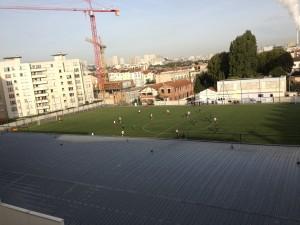 Amateur teams battle at Stade Lenine in Ivry-sur-Seine